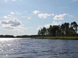 Kapitalanleger - Reihenhaus über 2 Etagen mit ca. 92 qm mit Bootssteg direkt am See