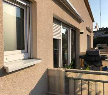 [Provisionsfrei] Neuwertige helle 4-Zimmer-Zweifamilienhauswohnung in Bad Schönborn