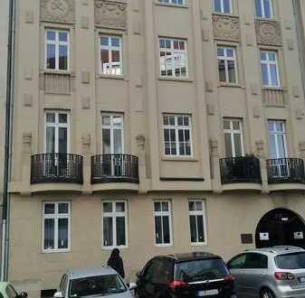 Sanierte 2,5-Zimmer-Loft-Wohnung mit Balkon und EBK in Pforzheim