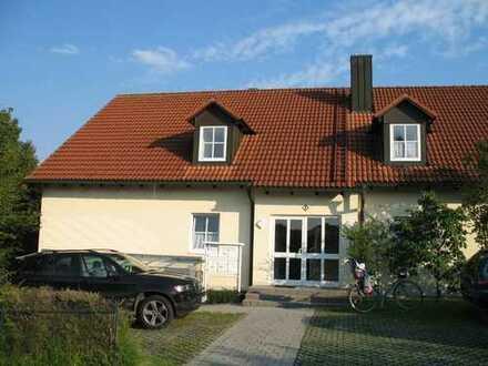 helle und zentrumsnahe 3-Zimmer Wohnung in ruhigem Wohngebiet, provisionsfrei, Gartenmitbenutzung