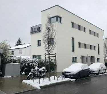 Hochwertige Doppelhaushälfte in München, Stadtteil Sendling zu vermieten.