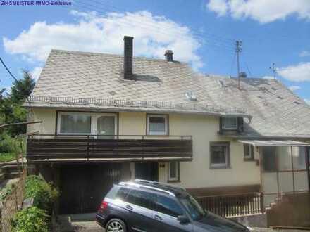 Einfamilienhaus mit Balkon und Einliegerwohnung