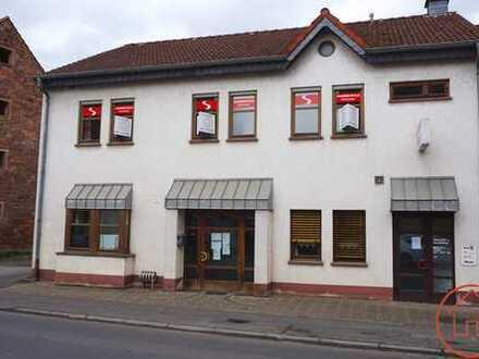 Großzügige Eigentumswohnung zentral in Ranstadt