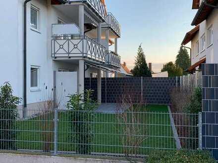 3-Zimmer Wohnung mit großem Garten, Küche u. Tiefgarage