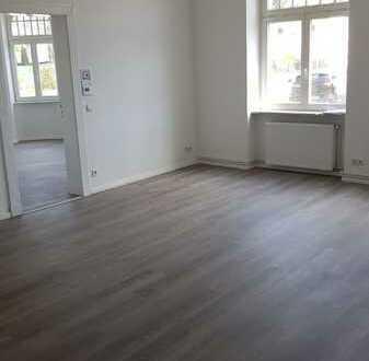 Schöne renovierte 2-Raum Altbauwohnung