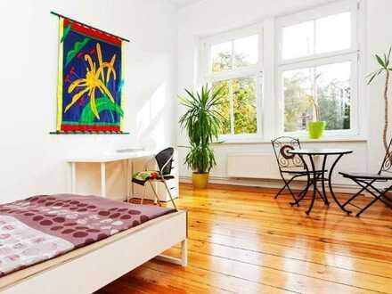 Stilvoll möbliertes 1 Zimmer- Apartment in Designer Wohnung-ROOM 1