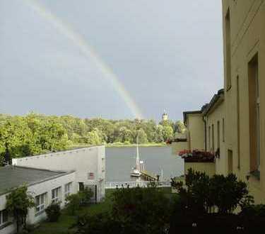 Wohnen u. ankern am See - 2 Wohnungen in Traumlage mit Blick auf Schloss Babelsberg
