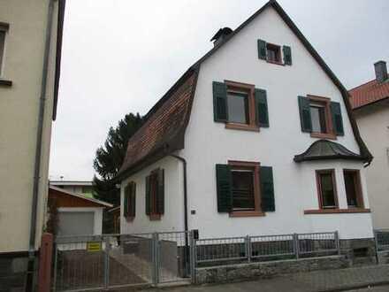 Schmuckes Einfamilienhaus mit Garten in 69502 Hemsbach