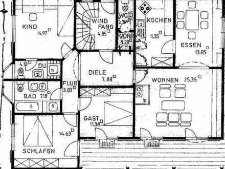 Gepflegte 5-Zimmer-Wohnung im Zweifamilienwohnhaus in gehobener Wohnlage von Bad Bergzabern