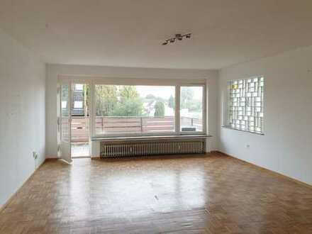 Helle und verkehrgsünstige 3-Zimmer Wohnung mit großem Balkon