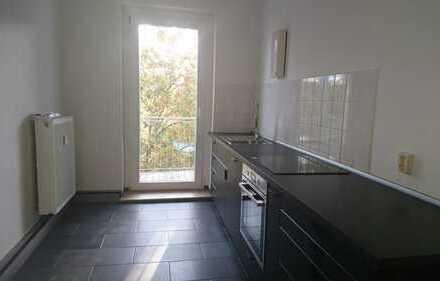 Erstbezug in renovierte drei Zimmer Wohnung in Leipzig, Neulindenau