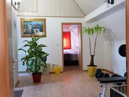 Neuwertige 2-Raum-Wohnung mit EBK im Zentrum von Freudenstadt