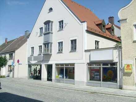 Vohburg, Top- 3 Wohneinheiten und Laden in bester Innenstadtlage