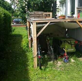 Wunderschönes Dachgeschoss/Appartment für 1-2 Personen mit Blick in den bunten Garten im Durlacher V