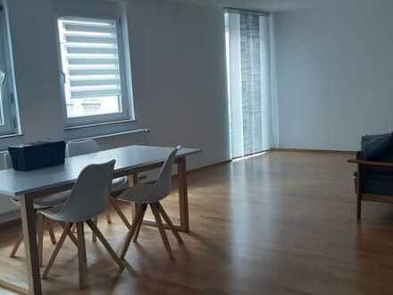 Geräumige ruhige Innenstadtwohnung mit zwei Zimmern zur Miete in Karlstadt