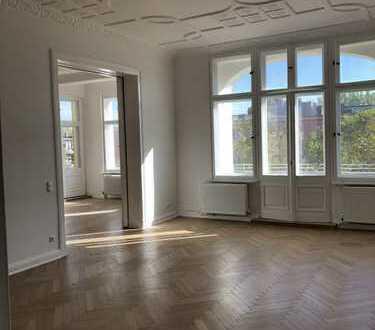 1.966 €, 173 m², 5 Zimmer