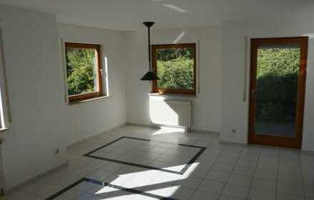 Gepflegte 2-Zimmer-Wohnung mit Balkon und Einbauküche in Horb-Rexingen