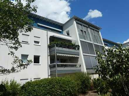 ++ Großzügige und helle Penthousewohnung mit Wintergarten und Südterrasse in LD-Zentrum! ++