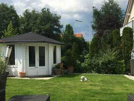 Haibach: Einfamilienhaus mit viel Platz und Pool