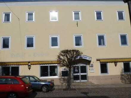 Wein-Lounge im Kellergewölbe – CityCenter Schönberg zwischen Deggendorf und Passau
