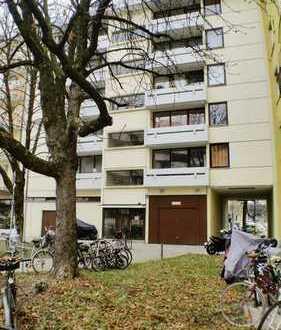 Elegant ansprechende 2-Zimmer-EG-Wohnung in München Giesing mit Blick auf Grünfläche