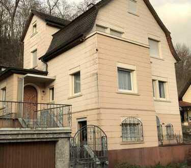 960 €, 125 m², 4 Zimmer
