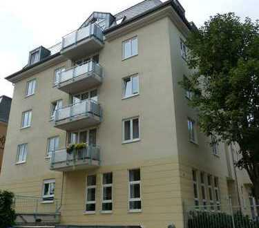 Gepflegte und helle 4-Zimmer-Wohnung mit 2 Balkonen in Dresden Löbtau