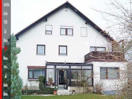 """Gepflegtes Dreifamilienhaus mit zusätzlichem """"Behelfsheim"""" in guter Wohnlage"""
