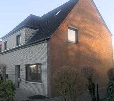 Großzügige 2-Zimmer-Wohnung in 2 Familienhaus in Habenhausen