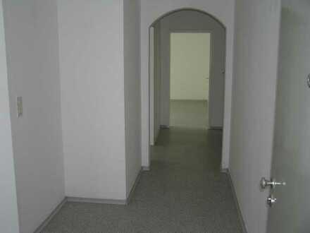 Gepflegte 3-Zimmer-3.Stock-Wohnung mit Balkon in Treuchtlingen