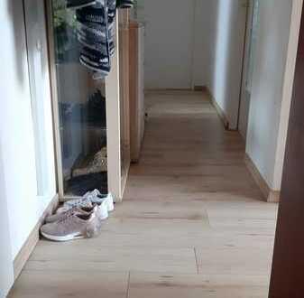 möbl. WG Zimmer in Stettenhofen bei Augsburg (w-Nichtraucher*in) ab 01.09.2021 zu vermieten -