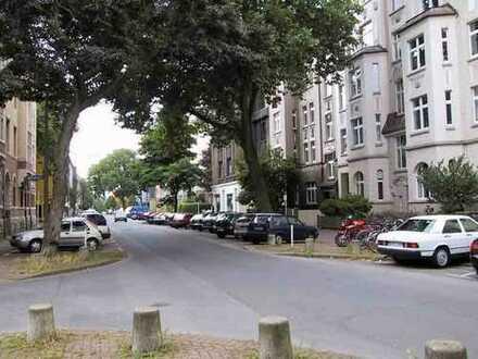 TOP ausgebaute Dachstudio-Wohnung im Herzen des Kreuzviertels (Neuer Graben)