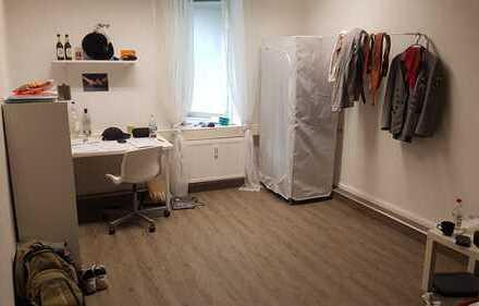 WG Zimmer zur Zwischenmiete in super zentraler Lage in Bad Cannstatt