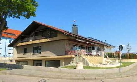 Hochwertiges Zweifamilienhaus mit Einliegerwohnung, Büro und Doppelgarage in Landau-Südwest