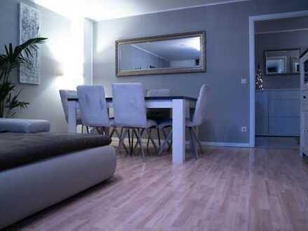 RESERVIERT !!! Wunderschöne 3-Zimmer-Wohnung Mit Einbauküche und luxuriösen Ausstattung