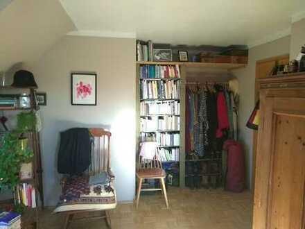 schönes 19 qm Zimmer in 2er WG frei