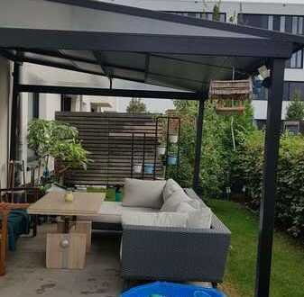 Sonniges Reiheneckhaus in familienfreundlichem Wohnquartier mit Einbauküche und Garage