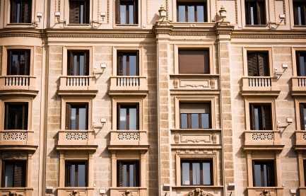 Vielseitig nutzbares Mehrfamilienhaus in zentraler Lage von Dresden!