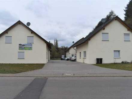 Einfamilienhaus mit Garten und Garage in Wohnanlage mit 4 Einfamilienhäusern