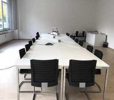 Gewerbegebiet Karlsfeld: Büroflächen im Erdgeschoß zur UNTERMIETE