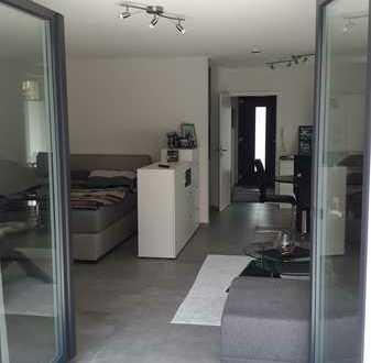 Gemütliche 1-Zimmer-Erdgeschosswohnung mit Terasse und EBK in Schallstadt