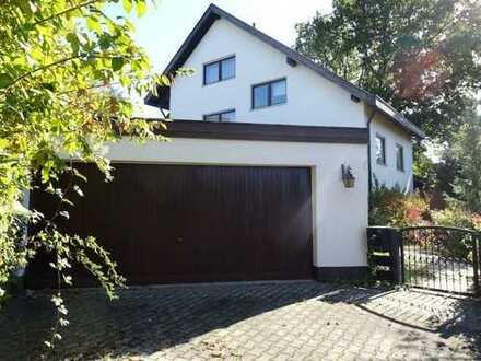 6 4 9. 0 0 0,- für 2 6 9 qm Einfamilienhaus mit Einliegerbereich in BESTLAGE am Kellerberg ab SOFORT