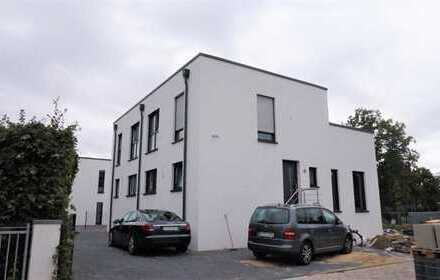 BURGWEDEL: Attraktive Komfort DHH im Bauhausstil über drei Ebenen - NEUBAU / ERSTBEZUG