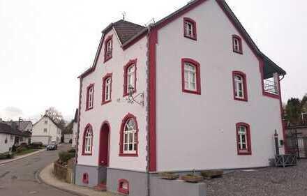Haus / Wohnung bei Nastätten 5 ZKB 140 m² + Doppelgarage + Garten +