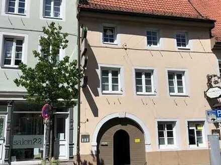 Wohnung in der Innenstadt * 60m² * 2 Zimmer * WG-geeignet