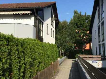 Friedrichshofen - Ruhige, helle 4 Zimmerwohnung auf 2 Ebenen