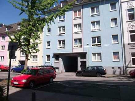 Gemütliche 2-Raum-Dachgeschoss-Wohnung mit Blick ins Grüne