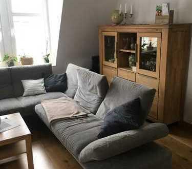 Hochwertig sanierte 5-Zimmer-Wohnung mit Balkon und EBK in Dresden