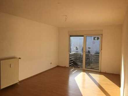 Schöne 4 ZKB Wohnung in Mehlingen mit Balkon