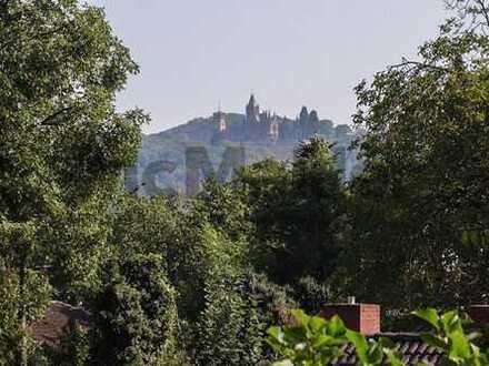 Ein Zuhause voller Möglichkeiten: Bungalow mit Retro-Chic und Traum-Ausblick am Rodderberghang